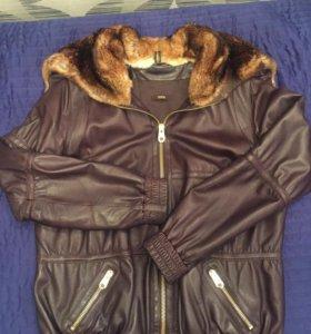Куртка кожаная с отделкой из меха
