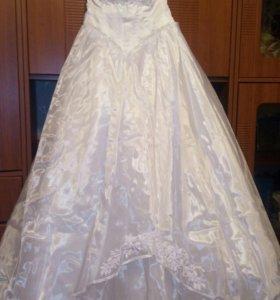 Свадебное платье, р.42-46