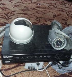 Видео регистратор и две камеры