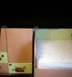 Мебель детская (шкаф+кровать+матрас+наматрасник+де