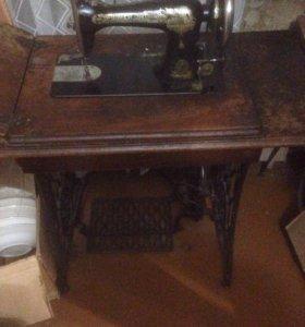 Швейная машинка зингер (цена договорная)