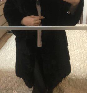 Норковая шуба (поперечка с воротником стойка)