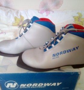 """Детские лыжные ботинки """"Nordway"""", размер - 36"""
