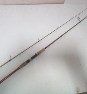 Спиннинг Black Hole River Hunter 2,50м (8-35 )