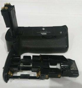 Батарейный блок для Canon 5D Mk III