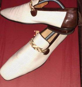 Ботинки кожаннве