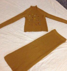 Тёплый костюм (юбка и кофта)