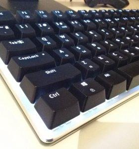 Механическая игровая клавиатура