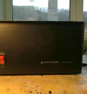 Трансформаторный блок питания Astron на 20 Ампер