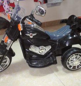 Новый мотоцикл на аккумуляторе