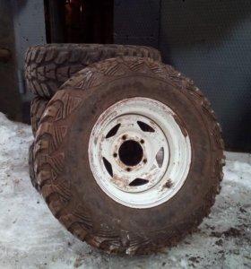 Грязевые колеса на УАЗ на кованых дисках