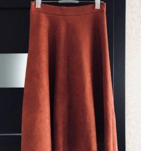 Замшевая стильная юбка!Абсолютно новая!