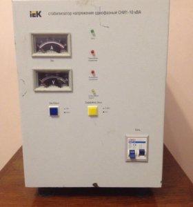 Стабилизатор напряжения высокой точности 10000 Вт.