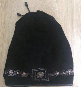 Замшевая шапка