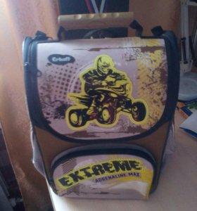 Продам ортопедический рюкзак в отличном состоянии