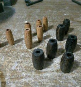 Бусины ручной работы из ценных пород дерева.