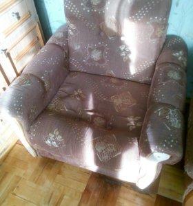 Диван книжка,кресло