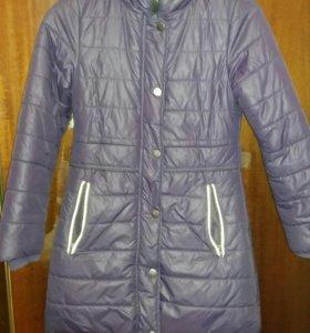Пальто демисезонная