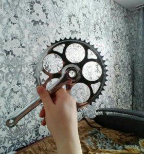 Звездочка с шатуном на велосипед