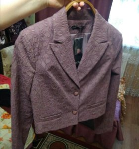 Пиджак новый 42 р