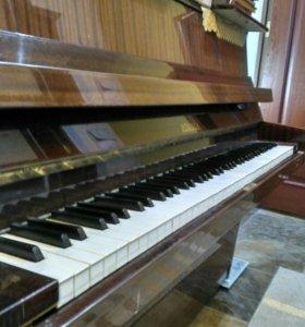 Фортепиано Rönisch