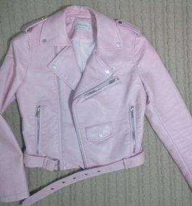 Куртка-косуха в розовом пудовом цвете