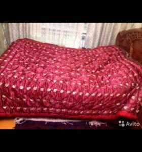 Одеяло новое шерстяное