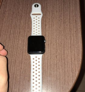 Часы Apple Watch 1