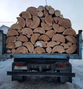 Продам сухие и сырые дрова: лиственница и сосна
