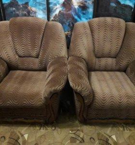 кресла 2 шт
