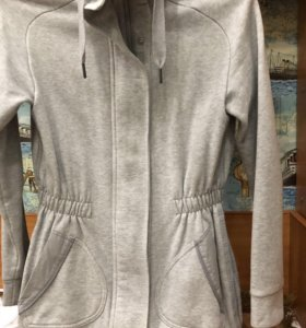 Фирменная спортивная кофта Adidas 42-44 размера