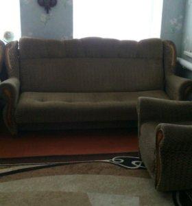 Диван и два кресла