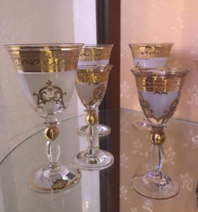 Набор бокалов