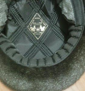 новая мужская шапка