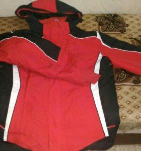 Куртка зимняя на мальчика на рост 152-158 см