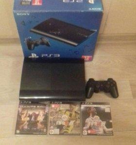 Playstation 3 с джойстиком и 3 играми.