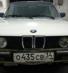 BMW 524TD E28 1985 года.