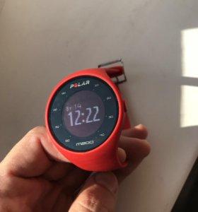 Часы для бега Polar m200