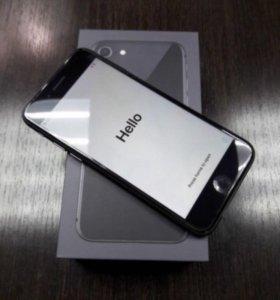 iPhone 8 (новый + страховка)