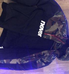 Стильная куртка новая