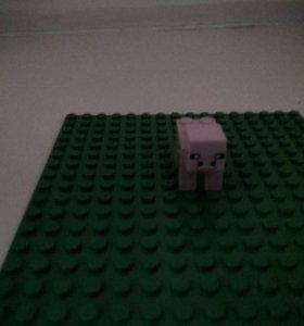 Свинка LEGO MINECRAFT (оригинал)