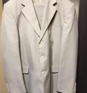 Мужской костюм Размер-188-112-100