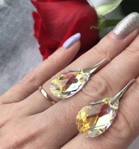 Серьги серебряные с кристаллами Swarovski