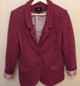 Продаётся пиджак в хорошем состоянии