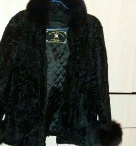 Пальто каракулевое новое. Торг уместен.
