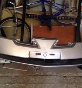 Бампер на Nissan Primera QP12