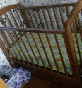 Срочно продам кроватку детскую