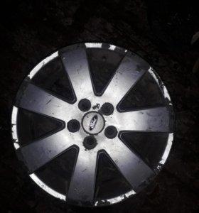 Форд  ,возможен обмен на диски размером 5.100