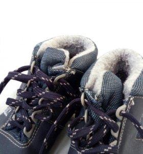 Продаю ботинки лыдные б/у 33 р-р