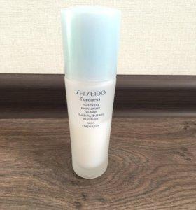 Shiseido Pureness матирующая увлажняющая эмульсия